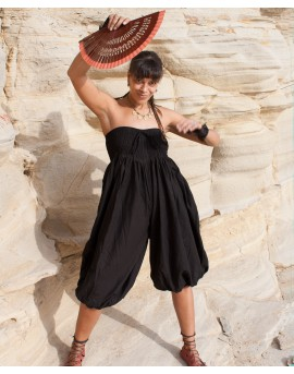 Loose pants with elasticated panel all around. They can be also worn as dress! Perfect as travel pants and for festivals.
