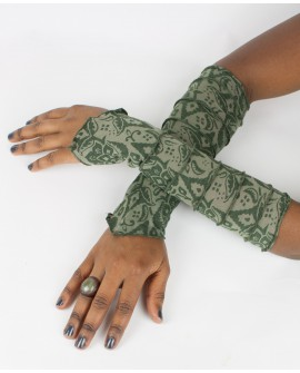 Fairy sleeves / gloves made from burnout lycra. Shine with these gloves next time you go out!!! Green colour
