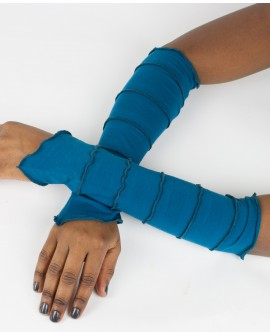 Fairy sleeves / gloves made from plain lycra. Shine with these gloves next time you go out!!! Blue colour.